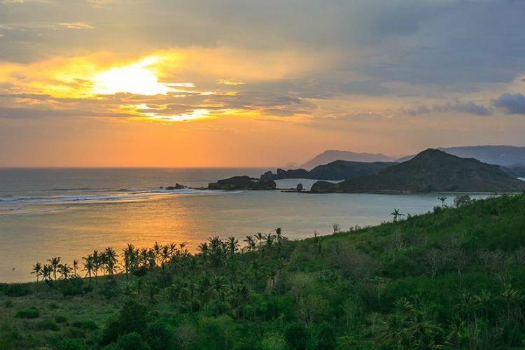Серф-тур по островам Индонезии